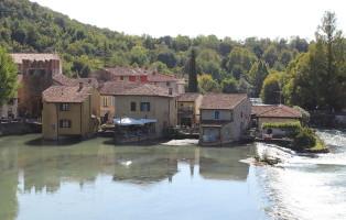 borghetto_valeggio_sul_mincio_view_from_the_visconti_bridge2