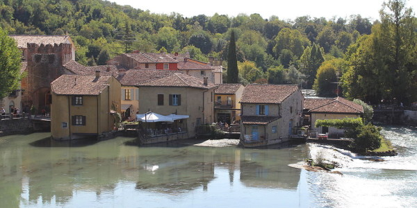borghetto_valeggio_sul_mincio_view_from_the_visconti_bridge2