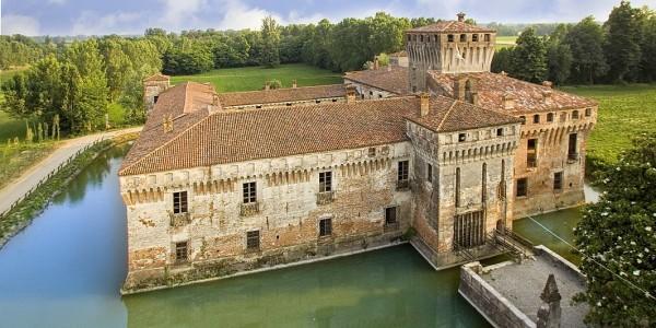 1064px-castello_padernello