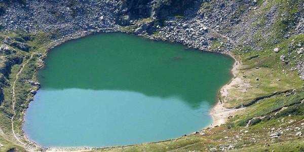 1258px-lago_mucrone_da_monte_rosso