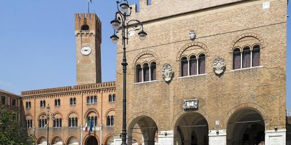 Piazza dei Signori e Palazzo dei Trecento