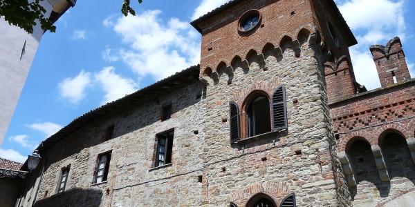 1440px-tagliolo_monferrato-castello8